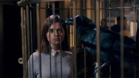 face-the-raven-cage-clara-570x321